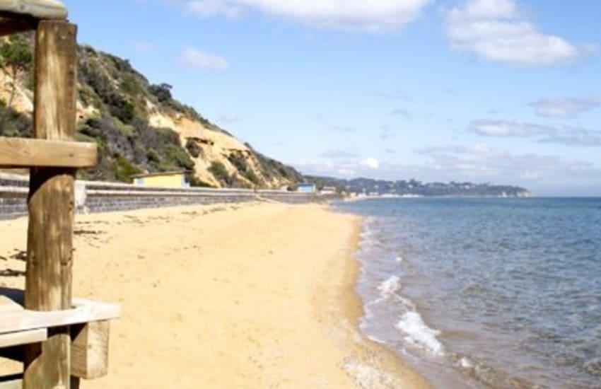 hawker-beach
